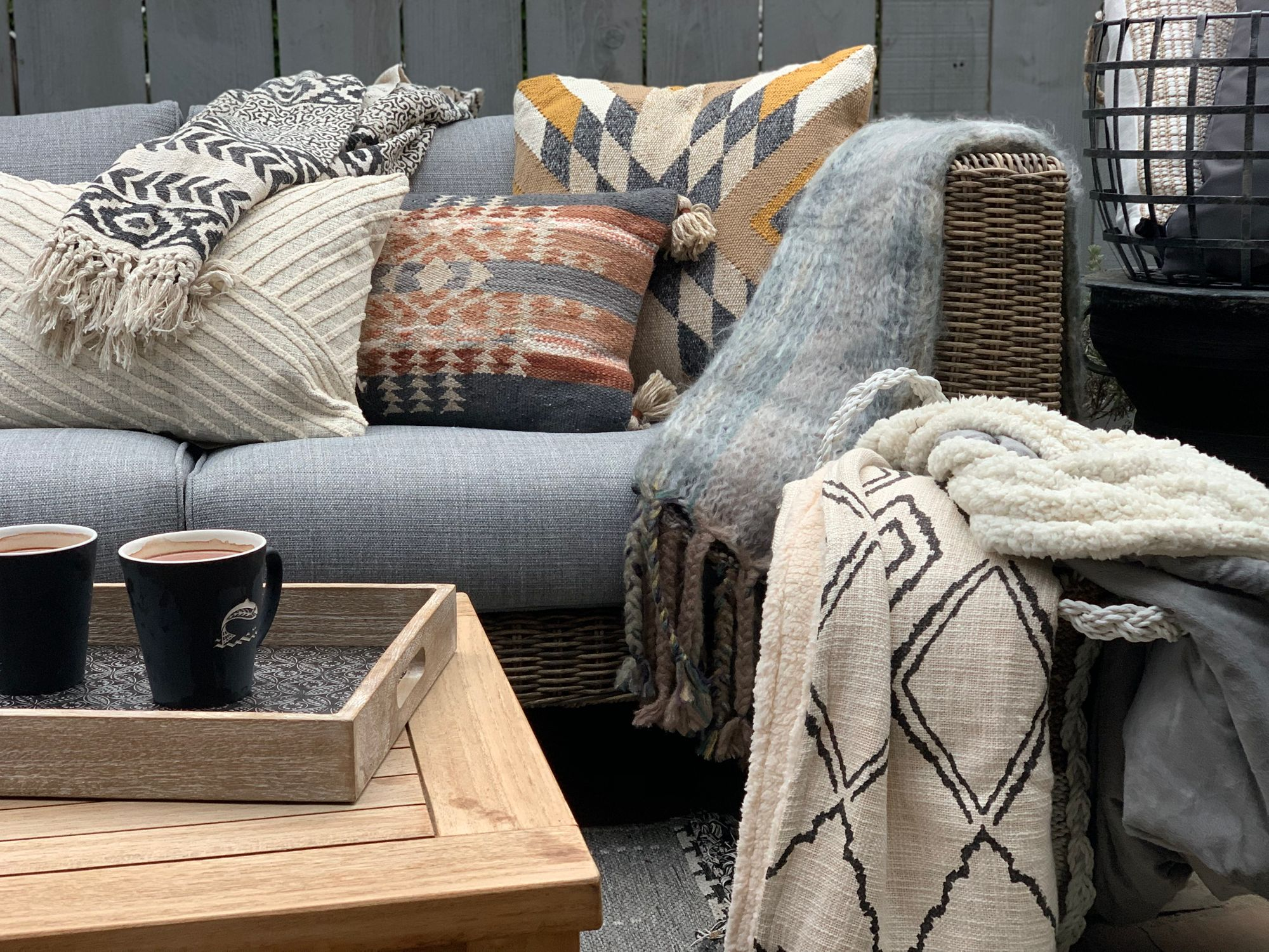 How to Cozy Up an Outdoor Space