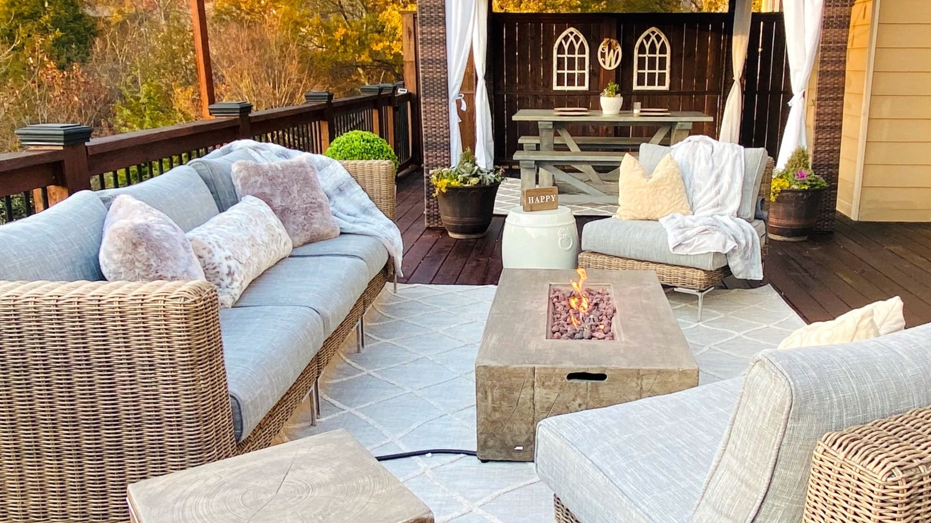 Our 6 Favorite Fire Pits For Fall