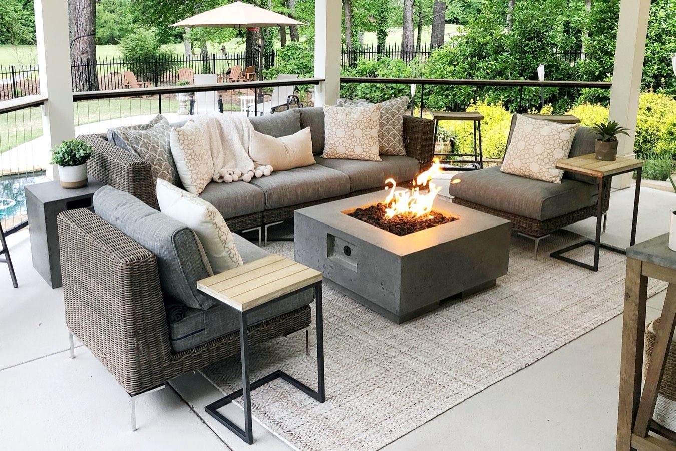 Timeless style outdoor sofa and fire pit