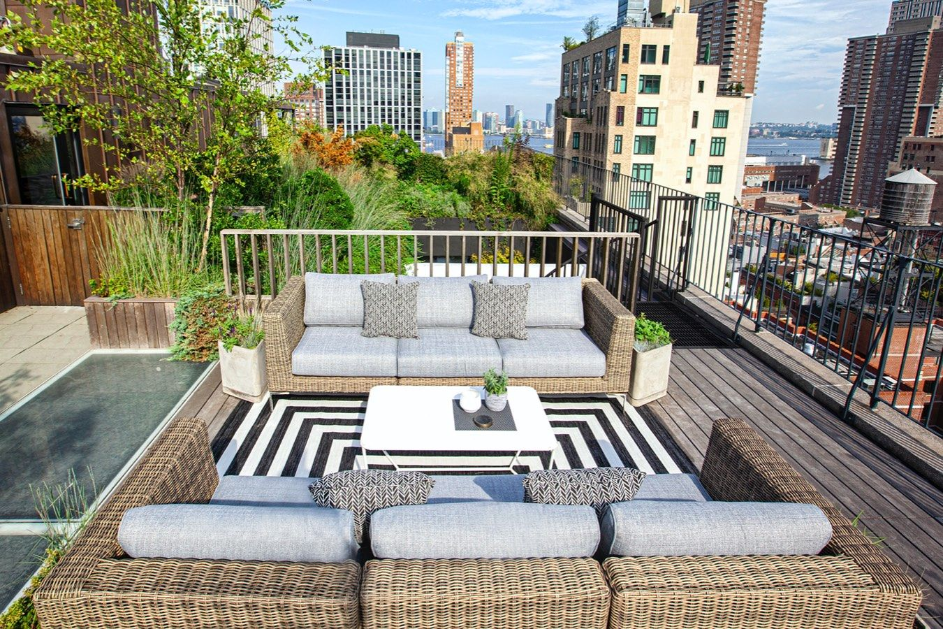 Roof top furniture that has performance fabric
