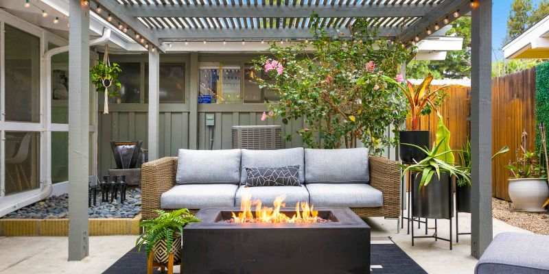 Patio Furniture Buying Guide: 5 Tips For Choosing The Best Pieces