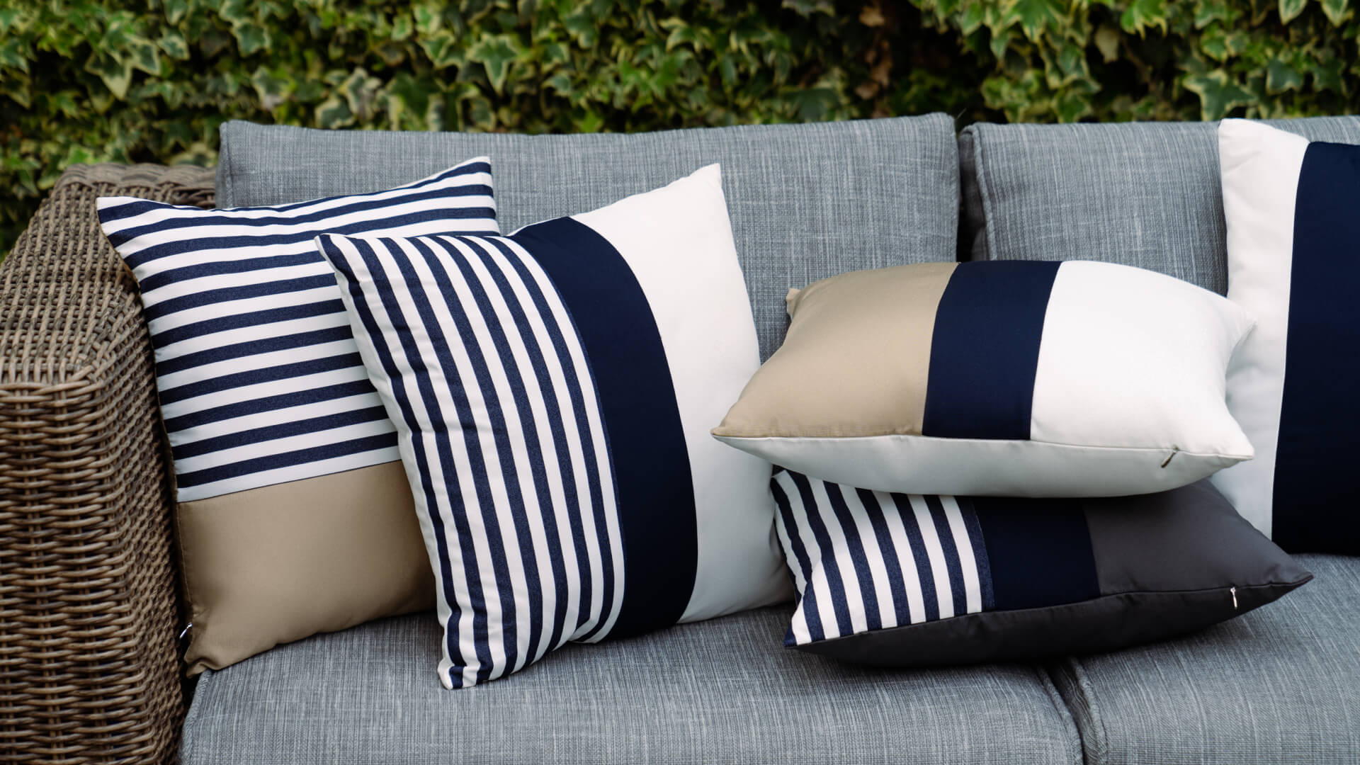 How to Clean Your Outdoor Throw Pillows