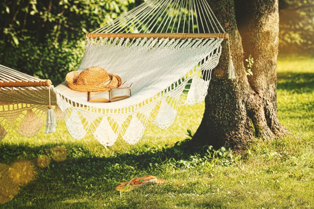 White hammock backyard decor for a zen zone