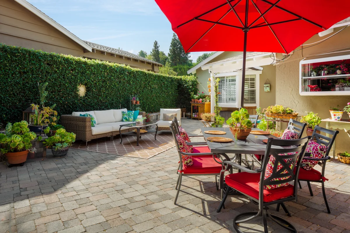 backyard ideas for family gatherings