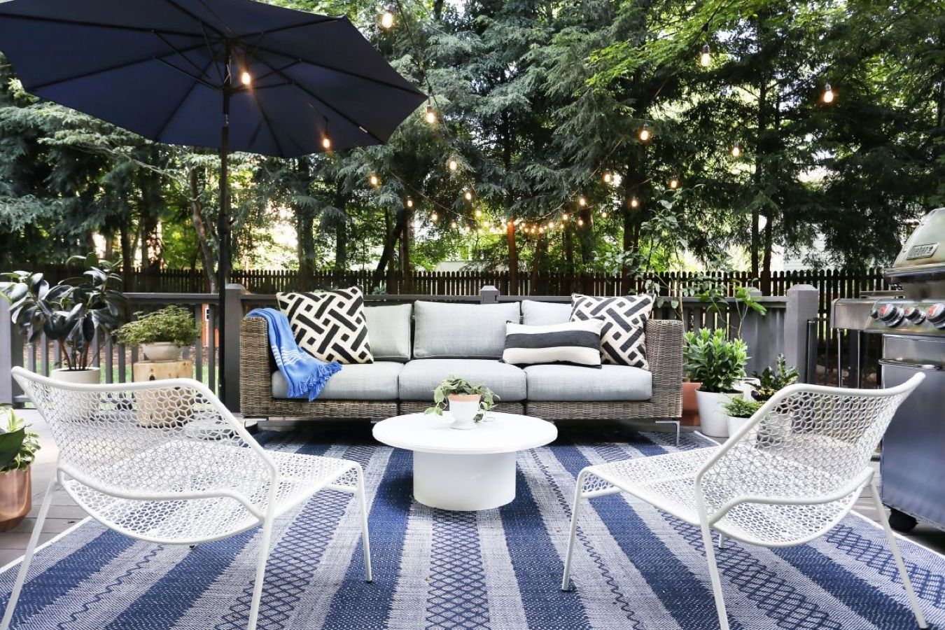 How To Clean Outdoor Cushions: A Step-By-Step Guide, Plus Expert Tips