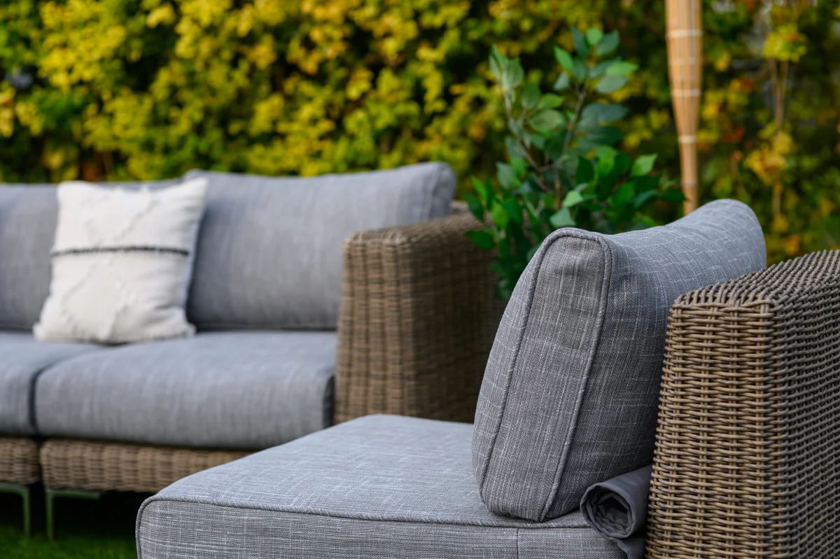 How To Choose The Best Garden Furniture For Your Outdoor Oasis