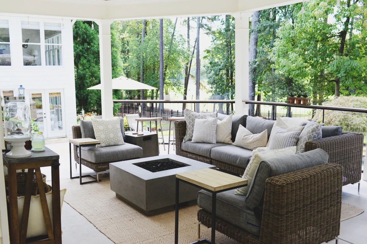 How To Choose The Best Outdoor Wicker Furniture For Your Backyard