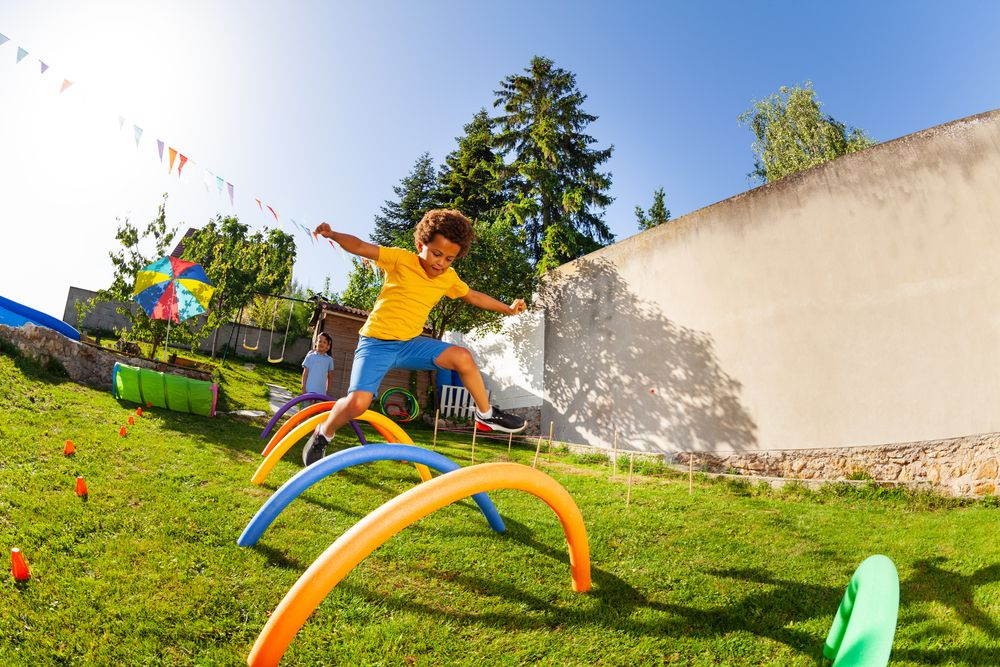 Obstacles course makes good backyard games