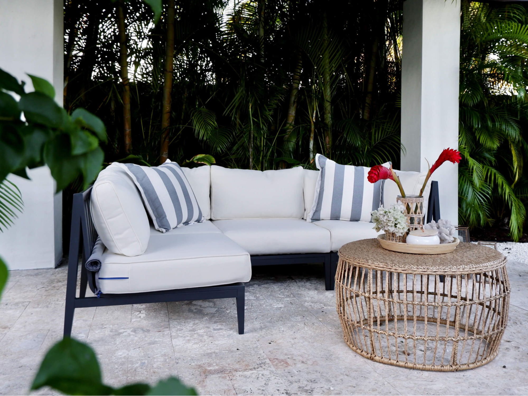 Contemporary outdoor living spaces